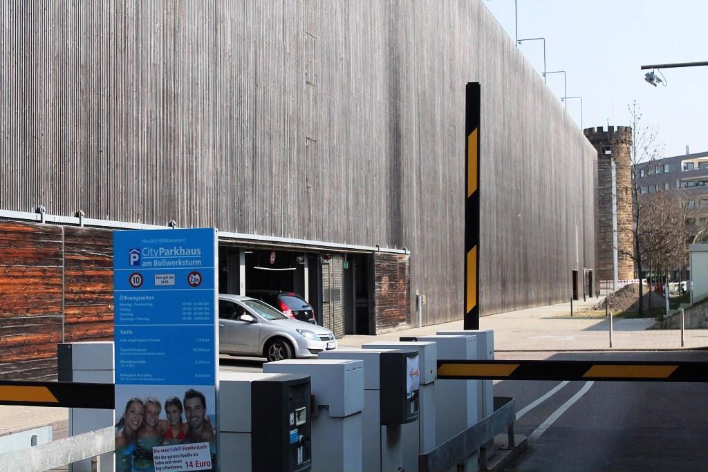 Parken In Am Bollwerksturm Apcoa Parking
