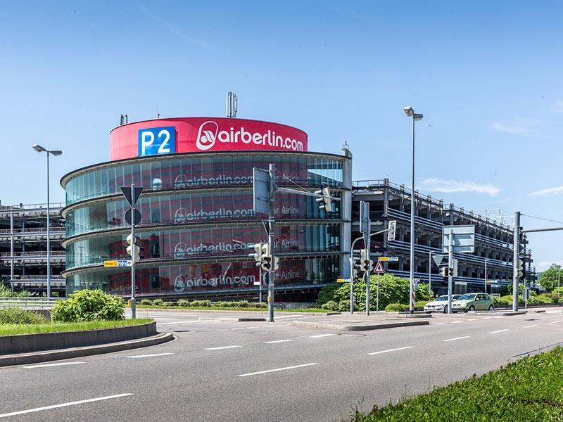 parken in p2 flughafen stuttgart apcoa parking. Black Bedroom Furniture Sets. Home Design Ideas