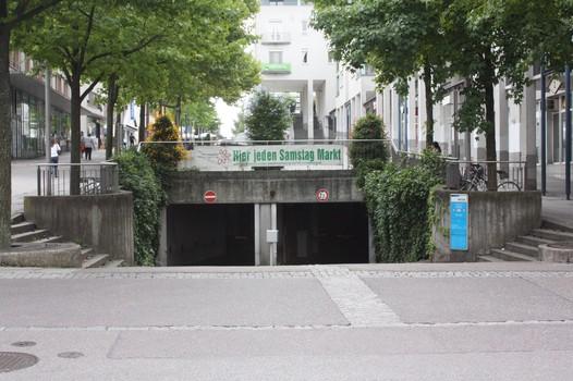 Bahnhofsplatz-1