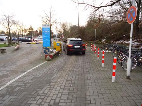 Stadtzentrum Schenefeld Parkplatz P99-1